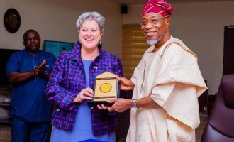 Images Of US Ambassador Mary Beth Leonard's Visit To Aregbesola