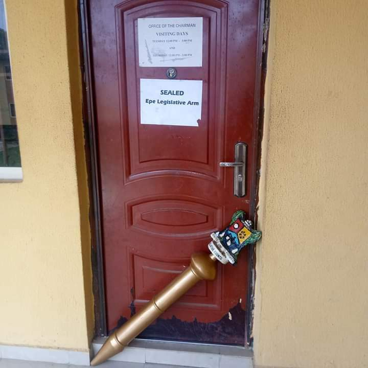 Photo of Councillors Seal Off Epe LG Chairman's Office